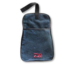 DAIWA-towel